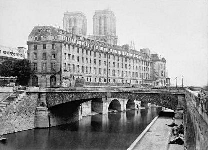 AncienHotelDieuParisMarville-c09eb.jpg